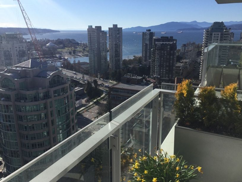 WATER AND CITY VIEWS 1 Bed + den Condo For Rent @MADDOX