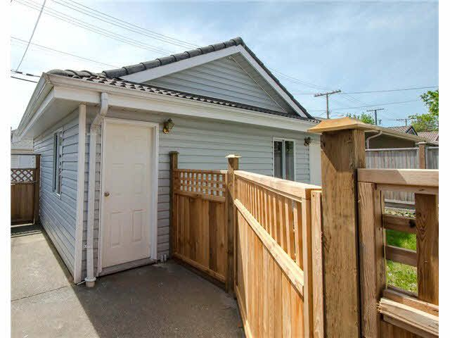 738 West 68th Ave., Vancouver British Columbia V6P 2T9
