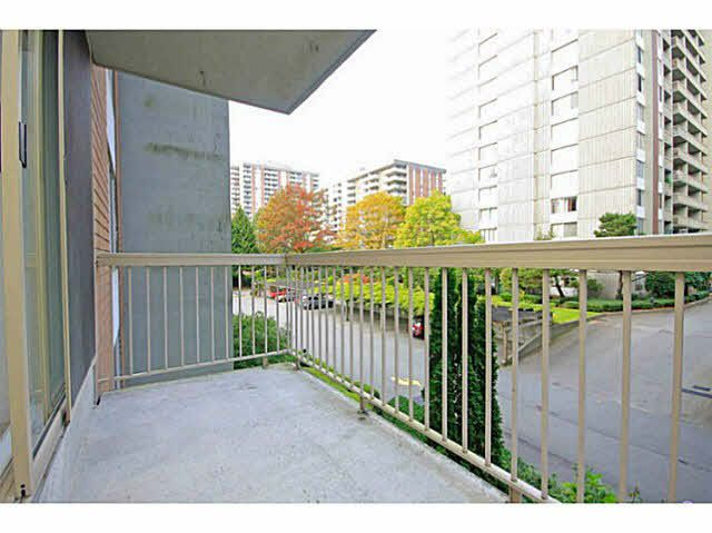 305 - 2004 Fullerton Ave, North Vancouver