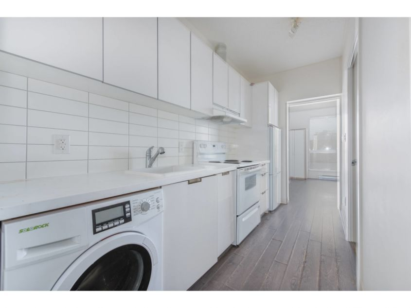 420 - 138 E Hastings St  Vancouver BC Canada - V6A 1N4