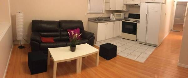 2 bedroom suite 4138 Inverness St, Vancouver, BC V5V 4W7, Canada