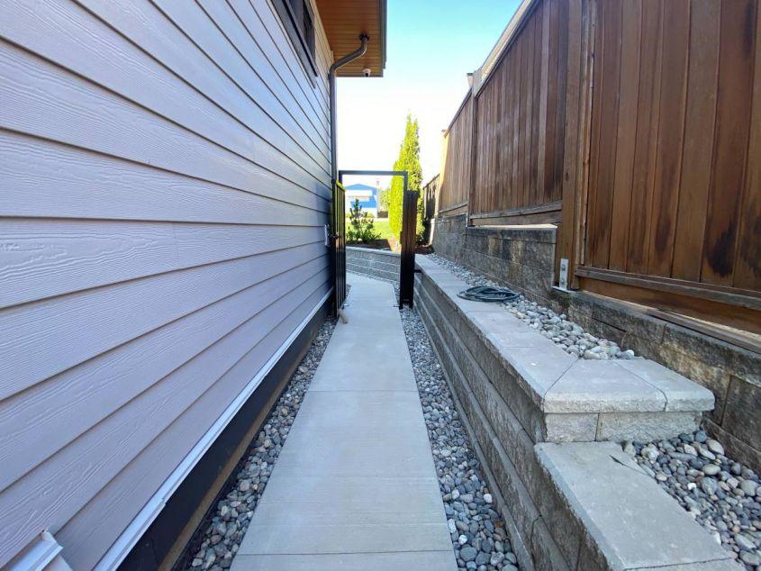 570 Ebert Ave, Coquitlam, BC V3J 2L2, Canada