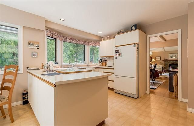 5686 Keith Rd, West Vancouver, BC