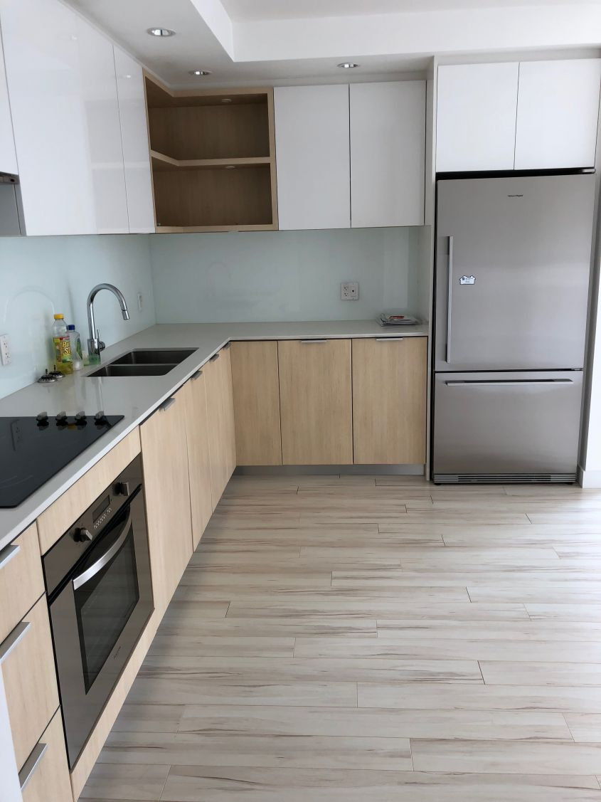 Brilliant 2 Bedroom with Balcony in Lower Lonsdale - 502 Versatile (111 E 3rd Street, N Vancouver BOLLD)