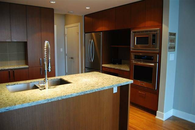 Stunning 1 Bed 1 Bath For Rent next to Coquitlam Centre
