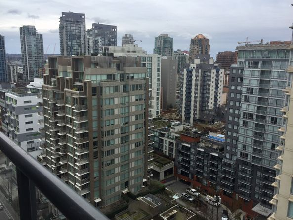 2009 THE GALLERY – 1010 Richards Street Vancouver