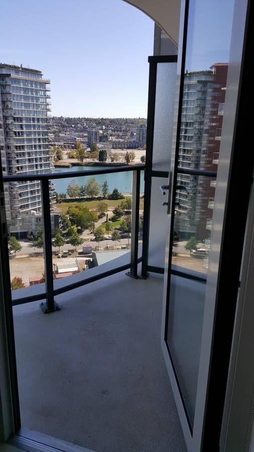 Elegant 1 Bedroom + Den For Rent@YALETOWN One Pacific!
