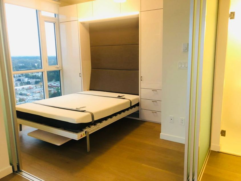 Brand New furnished one bedroom @ Surrey Central SFU Prime building