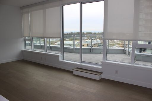 Stunning 3 BR/2Bath/Balcony For Rent at Champlain ONE TOWN CENTRE