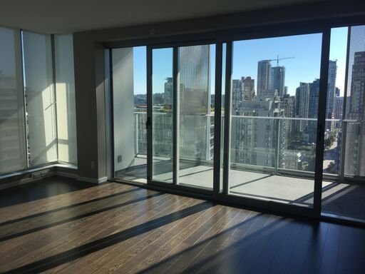 Luxurious 2 Bed/1 Bath w/Den For Rent in Yaletown Downtown Vancouver