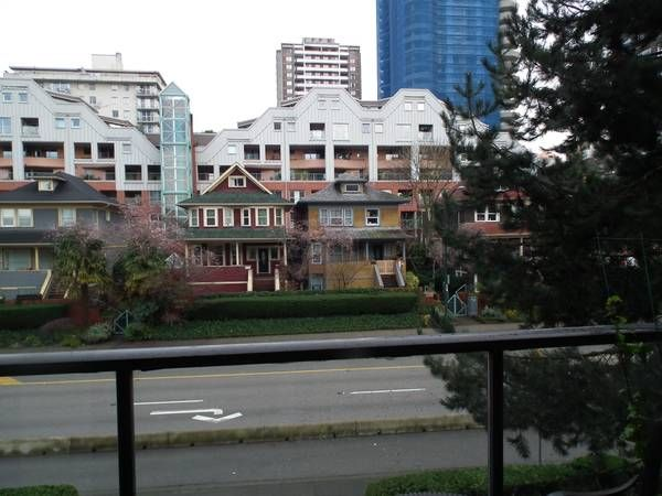 CENTRALLY LOCATED COZY 1 BEDROOM DOWNTOWN VANCOUVER - Chelsea Terrace - $1600