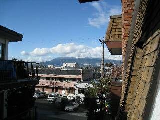 311 SAHLANO 1933 W 5th Ave Vancouver