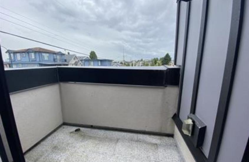 3202 E 5th Ave, Vancouver, BC V5M 1P3, Canada